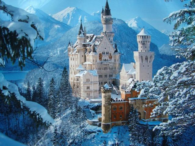 th_neuschwanstein-castle