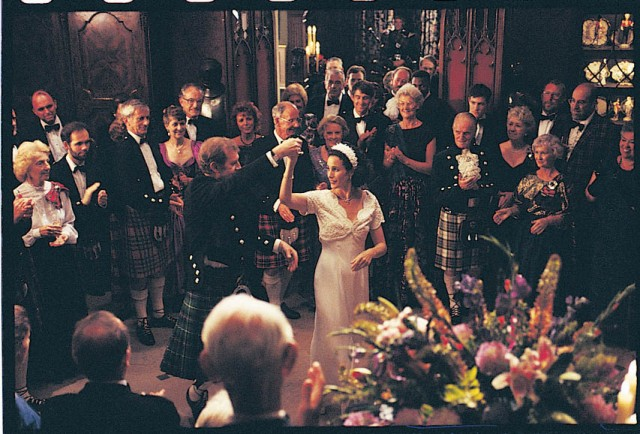 fourweddings-FSPBD-08_SB_S3
