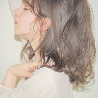寒色系&とろみ感が2017春のヘアカラートレンド