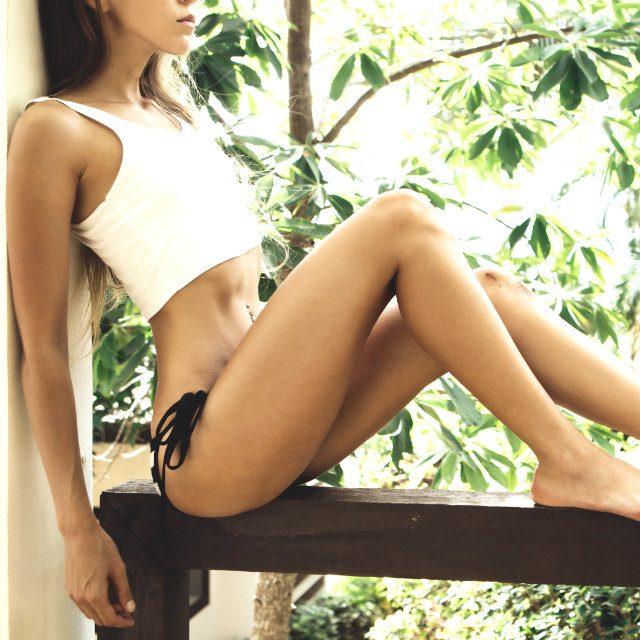 生理前にも実践したいヨガの簡単ポーズで脚痩せ