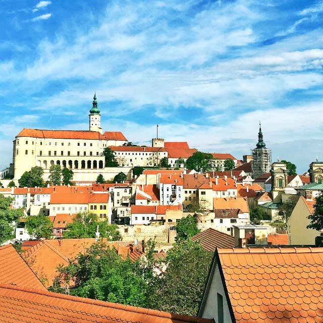 チェコ・南モラヴィア地方の小都市ミクロフ