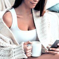 内巻き肩の予防&小顔な印象へ導く簡単習慣