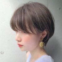 2019秋冬最旬丸顔さんに似合う大人ショートヘア
